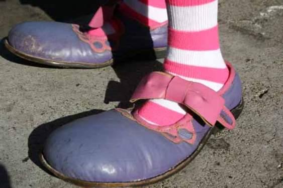 Lauries Happy Feet by Len Buchanan