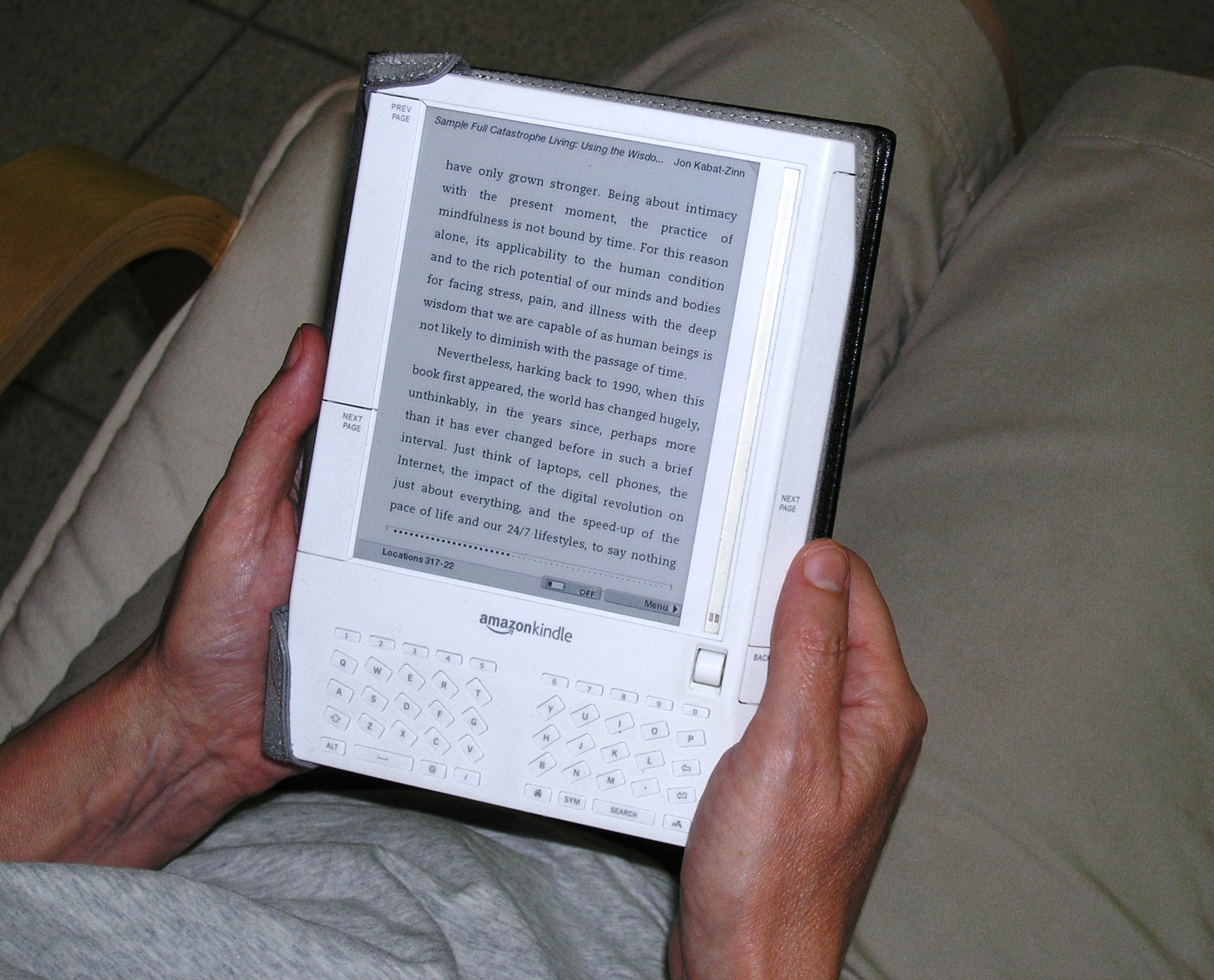 Laurie's Kindle by Len Buchanan