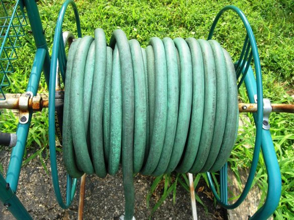 Garden Hose - A Reiki Analogy by Laurie Buchanan
