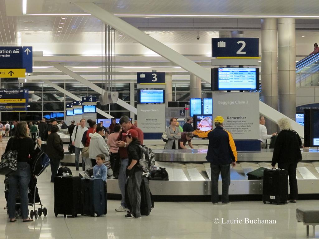 ind-baggage-claim-8_24244